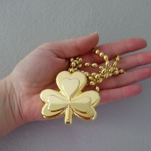 Jewelry - Lucky necklace